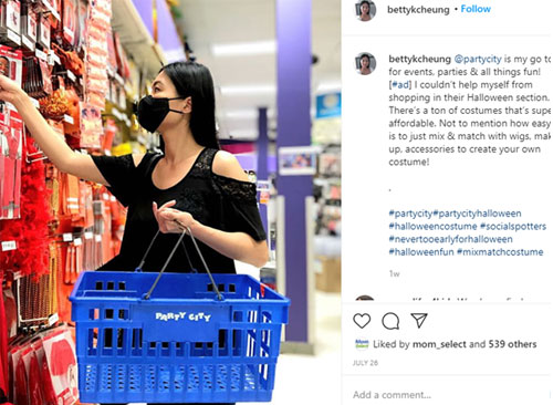 Woman shopping with a mask on